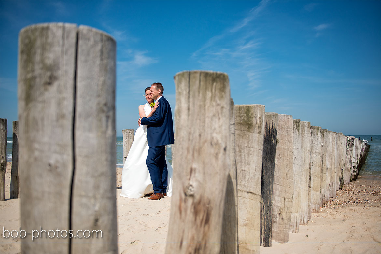 strand bij Westhoven Bruidsfotografie Renesse Leo & Ilona  23