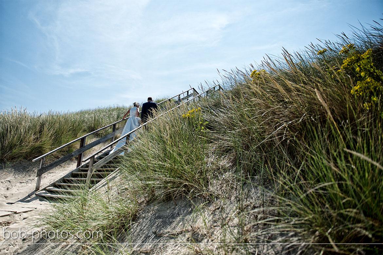 strand bij Westhoven Bruidsfotografie Renesse Leo & Ilona  26