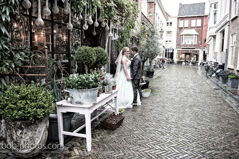 rozen en bottels Bruiloft-Bergen-op-Zoom-Edwin-&-Saskia-21