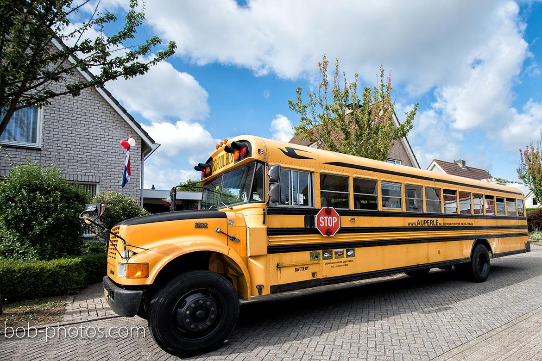 blue bird school bus bruidsfotografie-bergen-op-zoom-marcel-irma-18