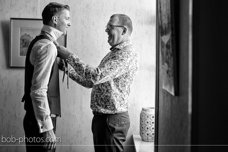 Voorbereidingen Bruidegom met vader