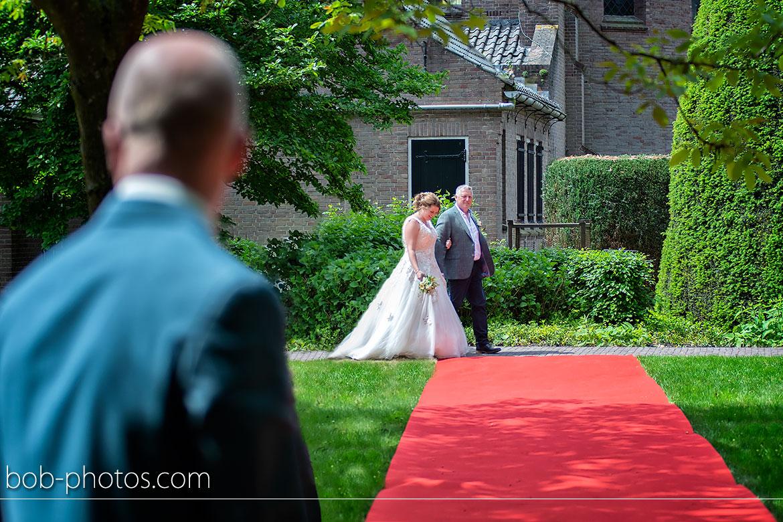 Buiten ceremonie Bruidsfotografie Schijf
