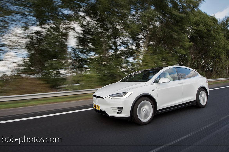 Tesla Model X Bruidsfotografie Oud Gastel